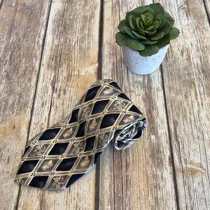 ☀️2/$20 Monsieur Givenchy diamond/floral neck tie.